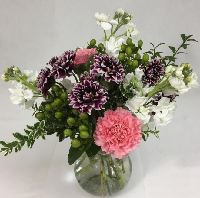 Want A Long Lasting Bouquet Try These Flowers Lilygrass