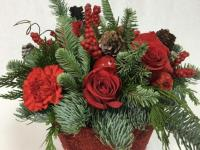 Make a statement with seasonal floral decor